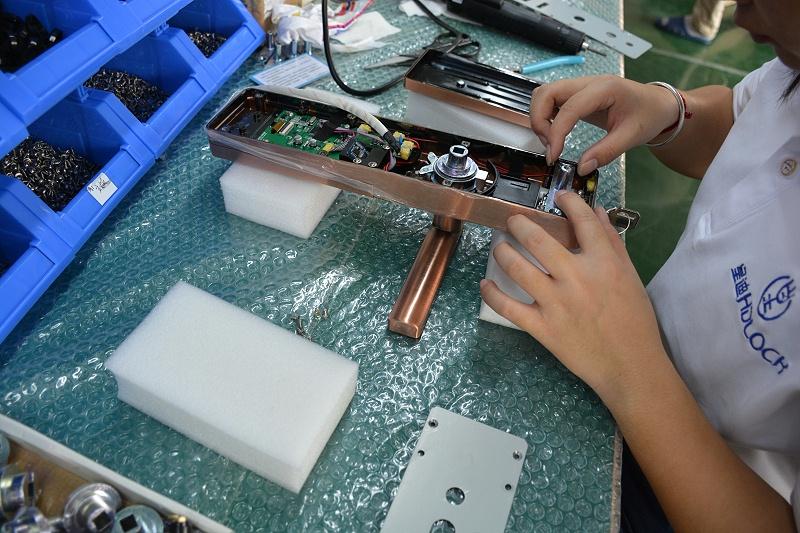 指紋鎖廠家注重產品人性化設計,具備了高匹配性